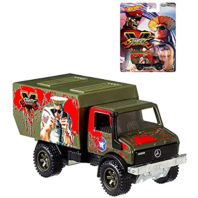 2020 Hot Wheels Street Fighter Complete 5 Car Set Diecast: Toys & Games