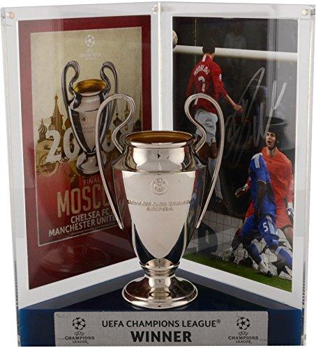 Cristiano Ronaldo Manchester United Autographed 9.5