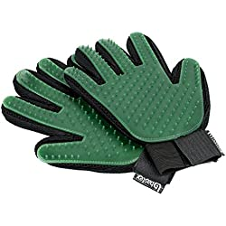 Bastex Pet Grooming Gloves in Green. Gentle Deshedding Brush Glove. Great for Cats and Dogs with long and short fur. Tool for removing pet hair off furniture and rubber tips for massage.