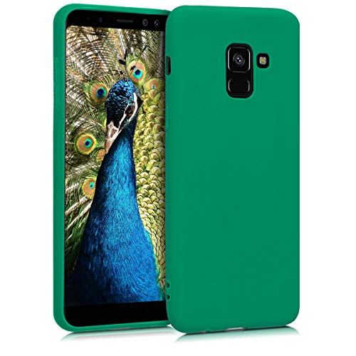 kwmobile TPU Silicone Case Compatible with Samsung Galaxy A8 (2018) - Soft Flexible Protective Phone Cover - Emerald Green