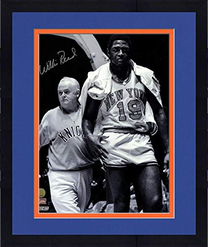 Framed Willis Reed New York Knicks Signed Vintage Black & White 16X20 Photograph - Steiner Sports Certified