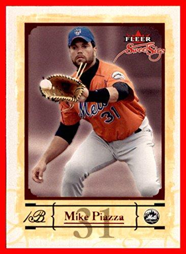 2004 Fleer Sweet Sigs #51 Mike Piazza HOF NEW YORK METS playing 1st base in (New York Mets Playing Card)