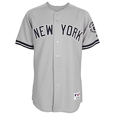 f78969a2b9d New York Yankees Majestic Road Retirement Patch Cool Base Derek Jeter Jersey   Amazon.co.uk  Clothing
