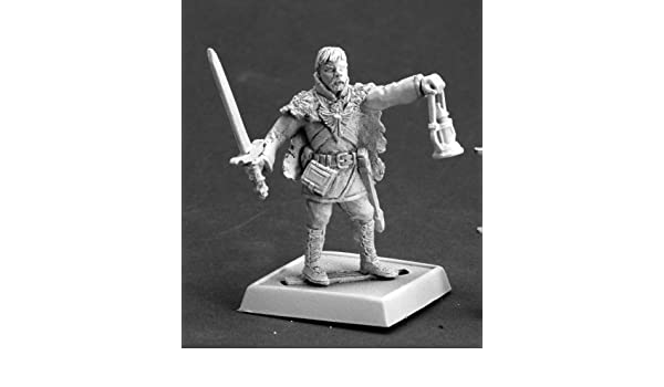 Amazon.com: Styrian Kindler Pathfinder Miniature by Reaper ...
