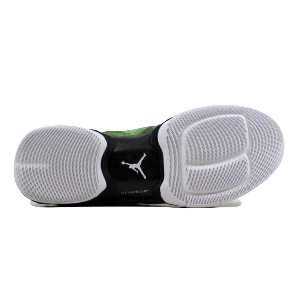 new styles 040ec 0d5c4 Amazon.com   Nike Men s Air Jordan XX8 28 Electric Green White 584832-301  Shoe 14 M US Men   Shoes