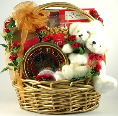 Gift Basket Village Love Bears All Things Deluxe Wedding or Anniversary Gift Basket