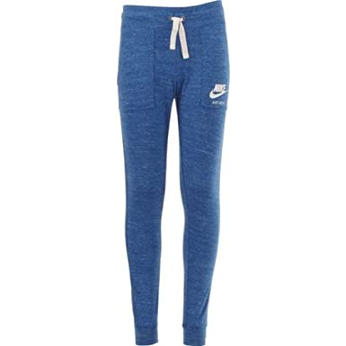 05b6a20820 Amazon.com  Nike Girls  Sportswear Gym Vintage Capri Pant  Clothing