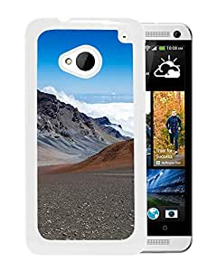 New Beautiful Custom Designed Cover Case For HTC ONE M7 With Valley (2) Phone Case