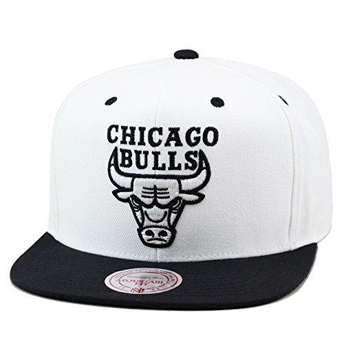 f2e8ecb2bbf Chicago Bulls Snapback Hats