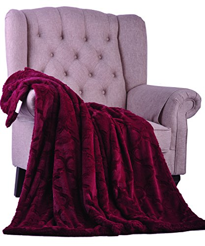 Burgundy Throw (BOON Brushed Faux Fur Ashley Throw with Sherpa and Borrego Backing, 50