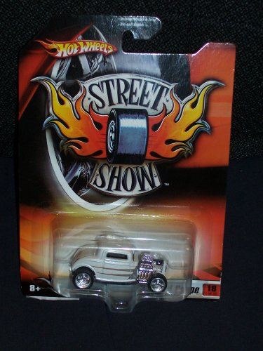 Hot Wheels 2006 Street Show # 18 '32 Ford Coupe White