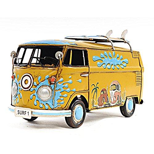 1967 Volkswagen Deluxe Model Bus 1:18 by Old Modern Handicrafts