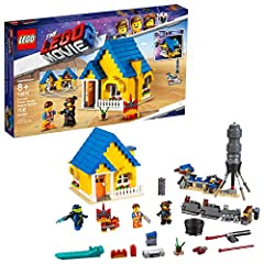 Kids can become a master rebuilder with THE LEGO MOVIE 2 70831 Emmet's Dream House/Rescue Rocket! This 2-in-1 rocket toy house features Emmet's home which can be rebuilt into a rocket. The house toy opens out for easy interior play and has a ...