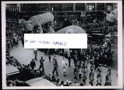 Macy's Thanksgiving Day Parade Broadway Circa 1930 Manhattan New York City - New Macy York Manhattan