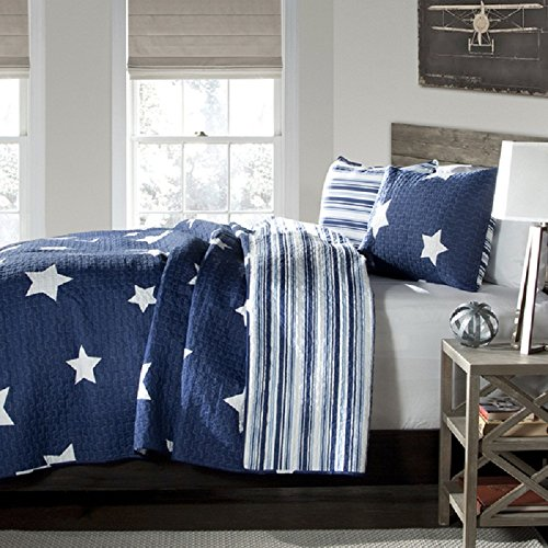 Kids Twinkle Stars Quilt 2 Piece Set Twin, Sky Stars Print Pattern, Patriotic Novelty Design, Amazing Quality, Solid Color Geometric Patchwork Background, Reversible Bedding, Dark Navy Blue S & E