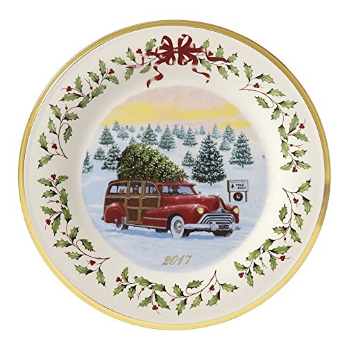 Lenox 2017 Annual Station Wagon Holiday Plate Woody Christmas Holly Berries Made In USA