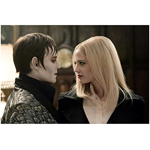 Eva Green as Angelique in Dark Shadows Talking to Johnny Depp 8 x 10 Inch Photo