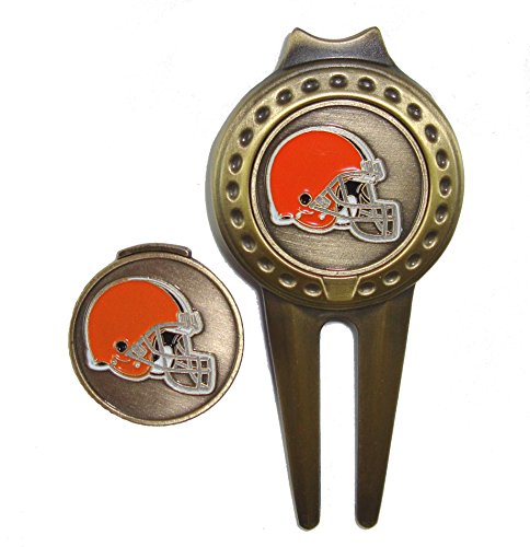 Cleveland Browns Golf Hat Clip & Divot Tool with Golf Ball Markers