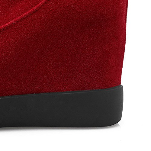 AllhqFashion Mujeres Tachonado Tacón Alto Puntera Redonda Gamuza(Imitado) Sin cordones Botas Rojo