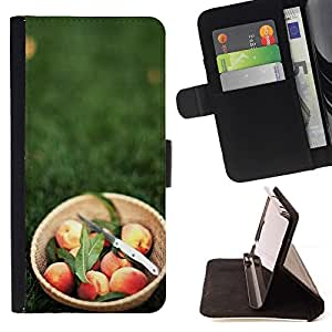Momo Phone Case / Flip Funda de Cuero Case Cover - Macro de frutas Peach Basket - HTC Desire 820