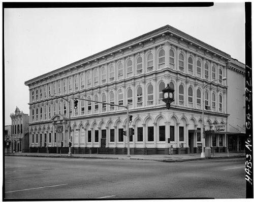 Photo: Bank of Columbus,1048 Broadway,Columbus,Muscogee - Columbus Ga Shopping