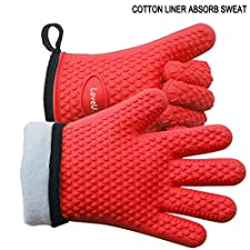 LoveU. Oven Mitts - Silicone and Cotton Double-layer Heat Resistant Gloves / Silicone Gloves / Oven Gloves / BBQ Gloves - Perfect for Cooking Baking and Grilling - 1 Pair (Red)