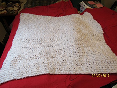 (Hand Knitted Baby Blanket/Afghan - Baby Clouds White)