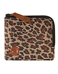 The Leopard Coin Holder by Mi-Pac combines both fashion and function. This is very useful for keeping your coins safe. This is a really fun product with a leopard print design. The coin holder is a really useful product which would make a won...
