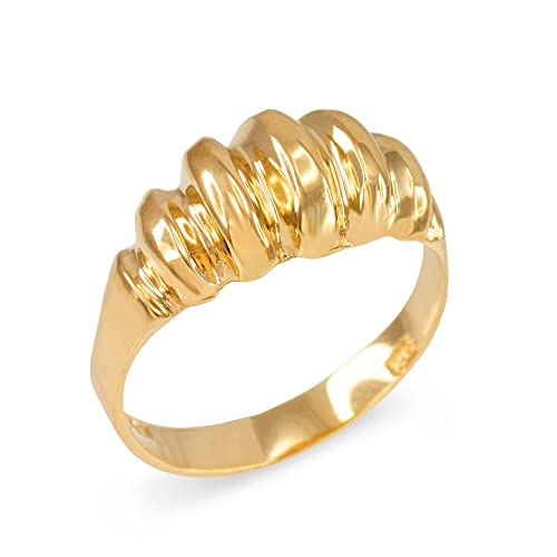 Elegant Ribbed Dome Ring in Polished 14k Yellow Gold