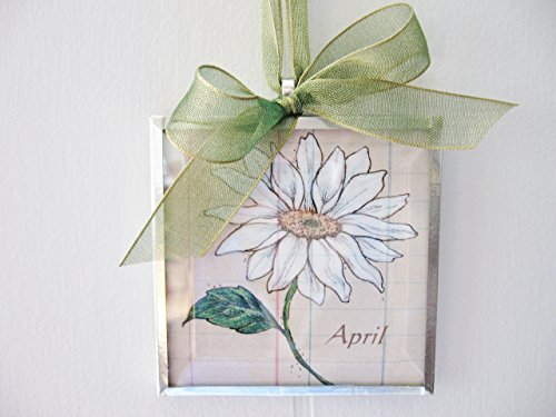 Month April Daisy 3x3 Beveled Glass Art Print Ornament ()