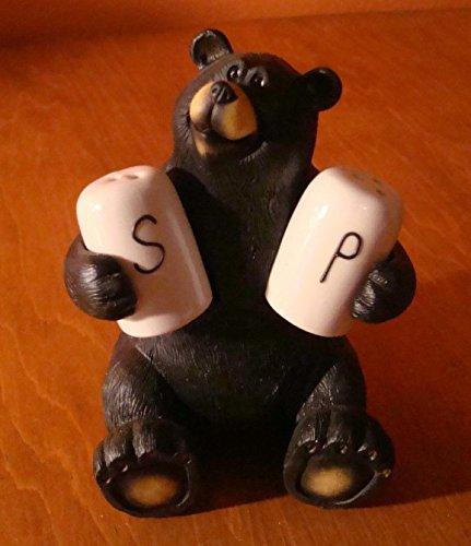 (Lodge Black Bear Salt & Pepper Shaker Figurine Log Cabin Kitchen Decor Set)