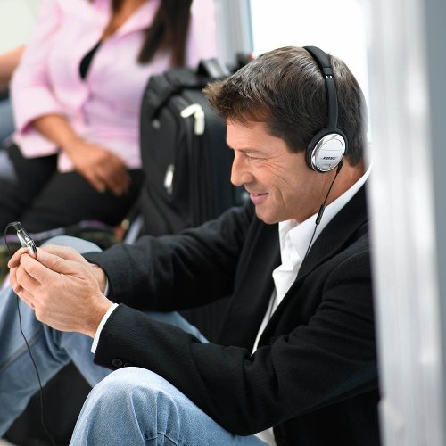 51PRnvTOSQL - Bose QuietComfort 3 Acoustic Noise Cancelling Headphones, Black