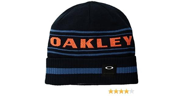 33da020d5a0 Amazon.com  Oakley Men s Rockgarden Cuff Beanie Hats
