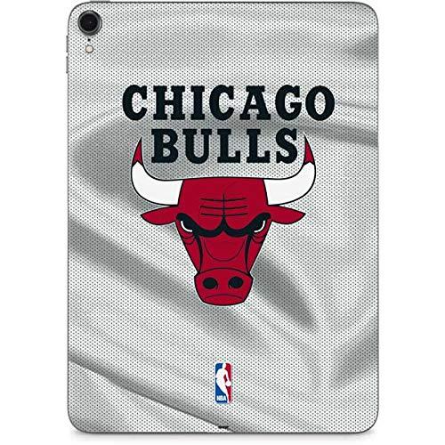 size 40 d61f8 37263 Amazon.com: Skinit Chicago Bulls Away Jersey iPad Pro 11in ...