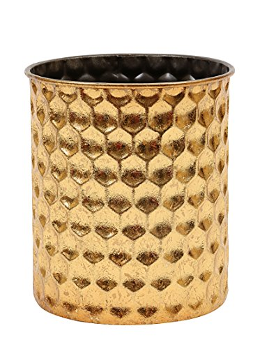 Creative Honeycomb Pattern Pillar Holder
