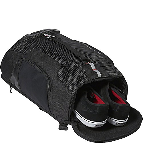 30500ab19c Oakley Link 29 Litre Training Athlete Back Pack Ruck Sack Dark Brush   Amazon.co.uk  Sports   Outdoors