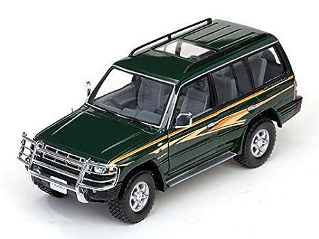 Sunstar 1/18 Mitsubishi Pajero 3.5 V6 Largo Verde Oscuro (jap?n importaci