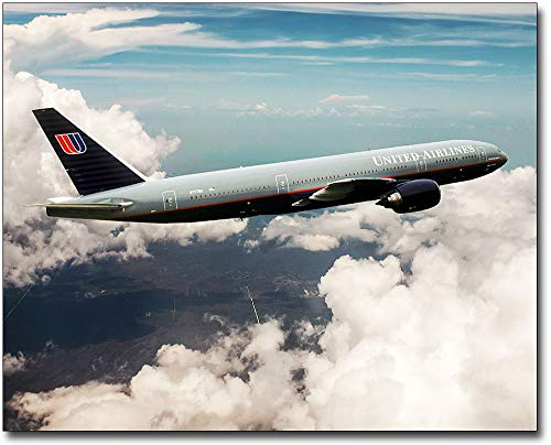 United Airlines Boeing 777-200 in Flight 24x30 Silver Halide Photo Print