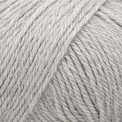 100/% Superfine Alpaca Yarn DK Weight Soft and Warm Drops Puna Worsted 3 or Light 01 Off White 1.8 oz 120 Yards per Ball