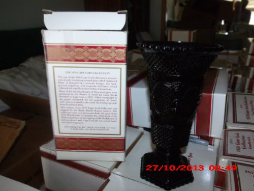 Vintage Avon 1876 Cape Cod Flower Vase 1876 8 inch Flower Vase