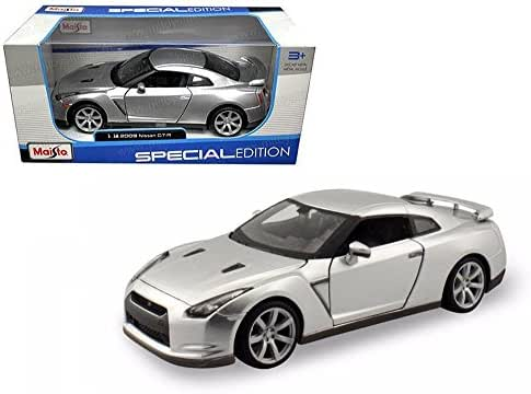 MAISTO 1:18 W/B SPECIAL EDITION 2009 NISSAN GT-R