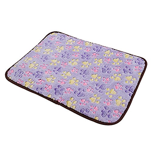 - Pet Dog Mat,Pet Dog Reversible Blanket,Cat Puppy Chilly Ice Cooler Summer Sleeping Bed Pad,Kennels House Hole Cave Nest for Pets Doghouse for Small Medium Large Dogs Cushion Crate Mat Pillow Beds
