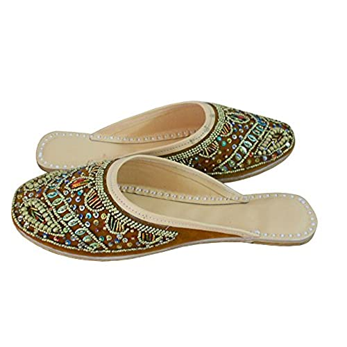fbdf7b898968 Kalra Creations Women s Traditional Indian Slippers Velvet With ...