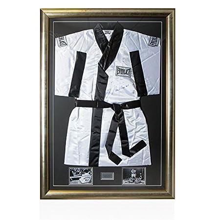 Framed Muhammad Ali Signed Boxing Robe - Large Frame And Signature   Amazon.co.uk  Kitchen   Home 5500ab611