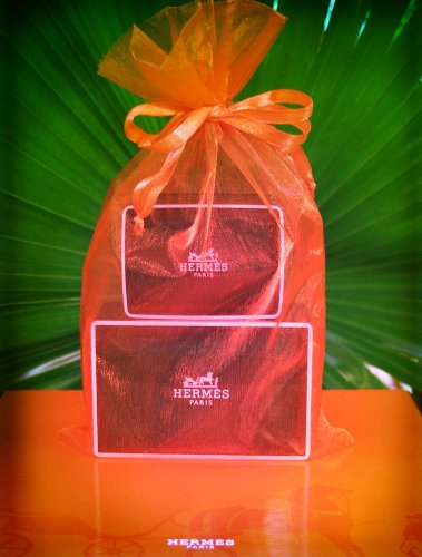 hermes-eau-dorange-verte-gift-set-one-1-52oz-jumbo-soap-and-one-1-35oz-bath-soap-in-a-gift-bag