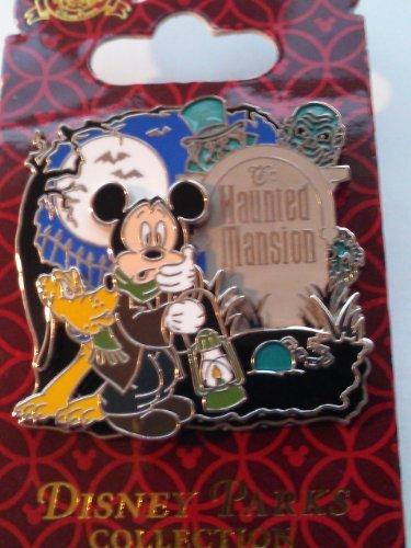 Disney Parks 3D Haunted Mansion Mickey & Pluto At Graveyard Caretakers Pin