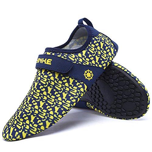 0449080b5a96 lovely SAGUARO Womens Mens Water Socks Mutifunctional Hook-and-Loop Surfing  Aqua Water Shoes