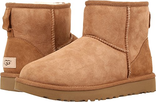 UGG Women's Classic Mini II Winter Boot, Chestnut, 8 B ()