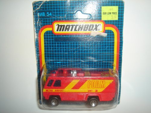 1987 Matchbox Metro Airport Foam Unit Command Vehicle Red/Yellow MB 54 Unpunched Card Made in Macau ()