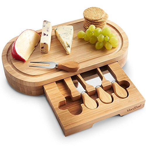 VonShef Oval Slide Out Bamboo Cheese Board and 4 Piece Knife Set (Make Board Cheese)